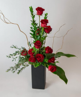 Playfully Roses Large Size Arrangement