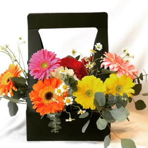 Spring Smiles  in Mclean, VA | Bliss Flowers & Boutique