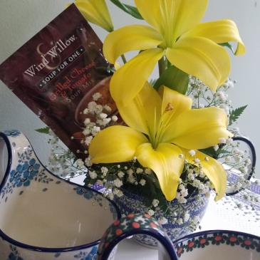 Polish Pottery Soup Bowl Floral Fresh Flowers