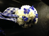 Pompadore in blue and white ball bouquet