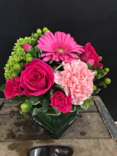 Pop of Pinks Arrangement