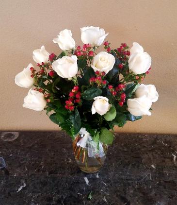 Pops White Coffee Short Stem Rose In A Vase In Ventura Ca Mom