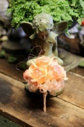 Posh Peach Handheld bouquet