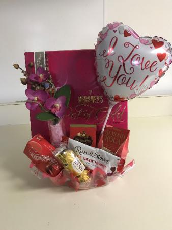 Pot O Gold Valentine Arrangement Holiday Gift