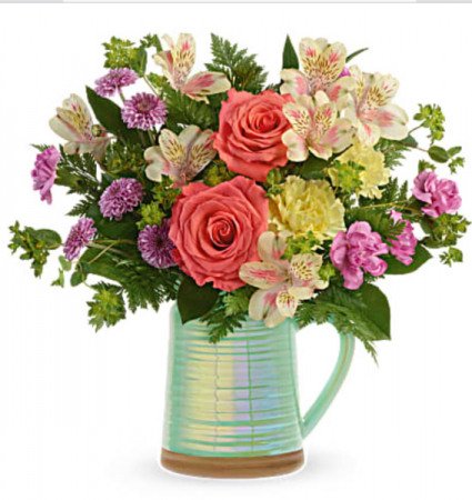 Pour on the beauty Vase