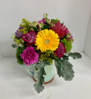 Pour on the Bouquet   in Liberal, KS | THE FLOWER BASKET