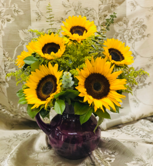 Pour Some Sunshine Arrangement in Croton On Hudson, NY | Cooke's Little Shoppe Of Flowers
