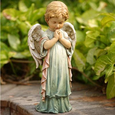 Praying Angel Statute
