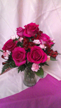 B02 Precious Heart Vase arrangement of 6 pink roses, Lt. pink Mini-Carnations red Alstroemeria Lilies