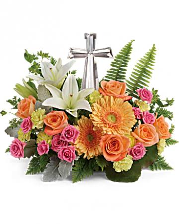 precious petals table arrangement