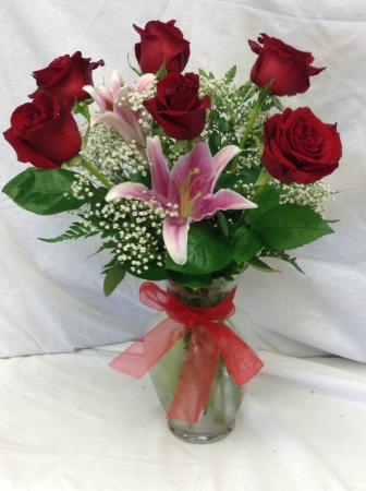 Premium 6 Rose Vase With Stargazer Lily