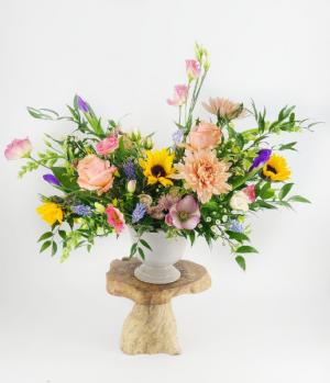 Premium Bright & Cheery Designer's Choice Custom Arrangement in Burlington, VT | Kathy + Co Flowers
