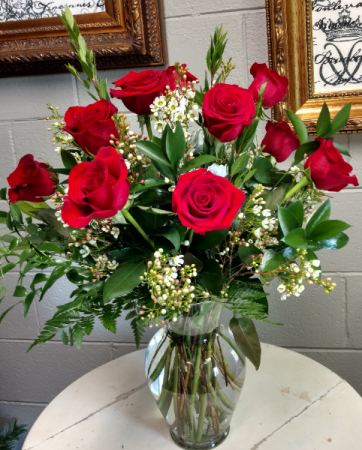 Premium dozen rose arrangement