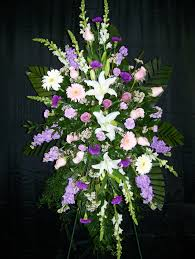 PREMIUM II LAVENDER AND WHITE STANDING SPRAY STANDING FUNERAL PC ON A 6' STAND