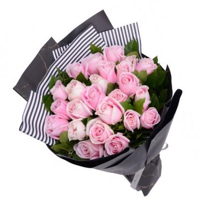 Premium Long  24-inch light pink Roses