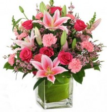 PREMIUM PINKS BOUQUET