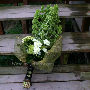 Presentation Wrap Hand-tied Bouquet