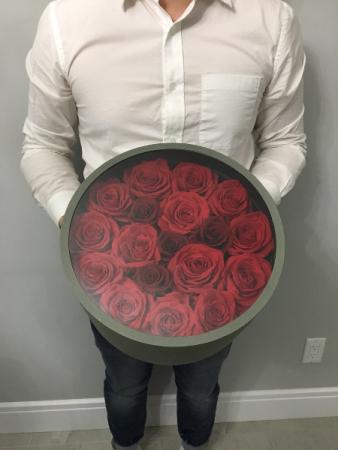 Preserved rose round box Rose in box.