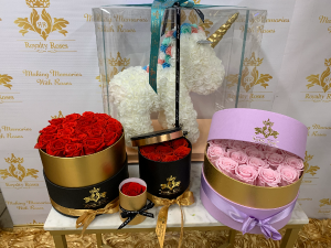 Preserved Roses Round Box Round Box in Harlingen, TX | Royalty Roses