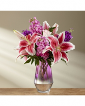 Pretty and fragrant Vase Arrangement