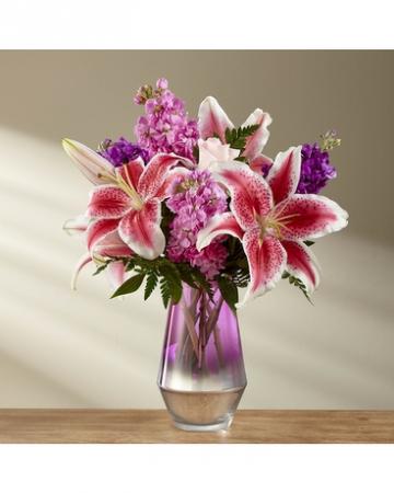 Pretty and fragrant Vase Arrangement