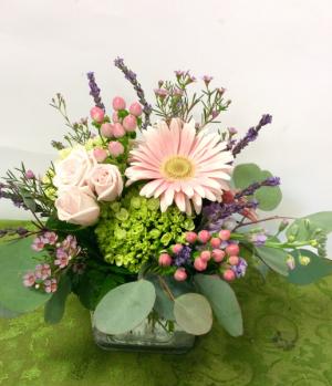 Pretty and pink Fresh cut in Oak Ridge, TN | MOTT'S FLORAL DESIGN