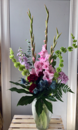 Pretty Blooms Vase arrangement  in Airdrie, AB   Flower Whispers