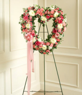 "18"" Pretty Heart Standing Spray"