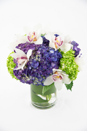 Pretty Hydrangeas and   Orchids Round BQT