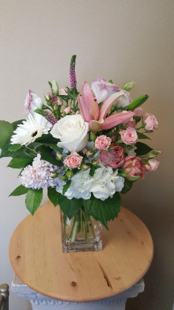 Pretty in pink in mandeville la ambiance flowers for all occasions pretty in pink mightylinksfo