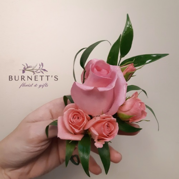 pretty in pink boutonniere