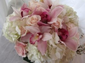 PRETTY IN PINK Low Vase Arrangement in Woodbridge, ON | PRIMAVERA FLOWERS & MORE