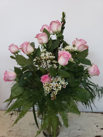 Pretty In Pink Roses Rose Arrangement