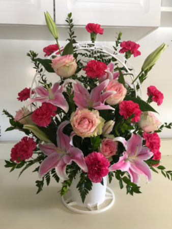 Pretty in Pink Spray Fresh Funeral