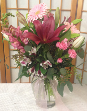 pretty in pink  vase of flowers  in Iowa City, IA | Every Bloomin' Thing