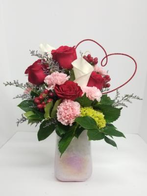 Pretty in Quartz  in Liberal, KS | THE FLOWER BASKET