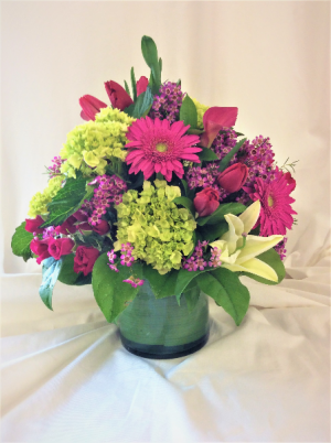 Pretty in Spring  in Medfield, MA | Lovell's Florist, Greenhouse & Nursery