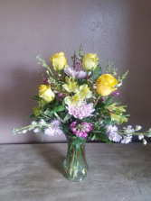 Pretty in spring Vase arrangement
