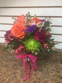 Pretty Mama All around bright vase