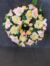 Pretty Peaches Silk Wreath