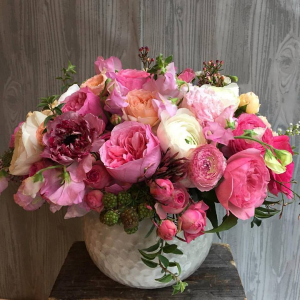 Pretty Pinks   in Oakville, ON | ANN'S FLOWER BOUTIQUE-Wedding & Event Florist