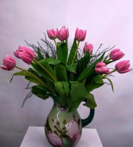PRETTY PITCHER FLOWERS IN CERAMIC PITCHER