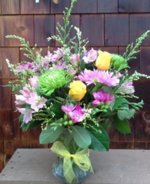 Pretty Posy Mother's Day Special in Lewiston, ME | BLAIS FLOWERS & GARDEN CENTER