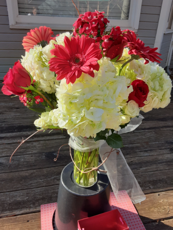 pretty woman needs pretty flowers valentines vase