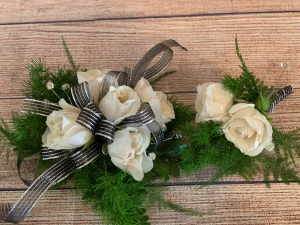 Prom 2020 White Rose Wrist Corsage  in Roanoke, VA | Flowers By Eddie