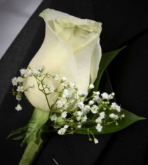 Prom Boutonniere Special Pricing: Must be Ordered 1 Week in Advance of Your Event