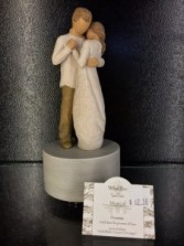 """Willow Tree Promise Musical Figurine Turns and plays Pachelbel's """"Canon in D Major"""""""