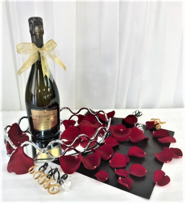 Prosecco Brut & Rose Petals Gift