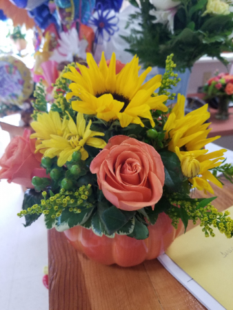 Pumpkin Surprise Sunflowers and Rose's