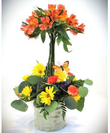PURE HAPPINESS FRESH FLOWER ARRANGEMENT